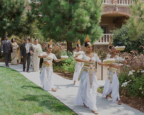 Traditional Dancers weddings Services