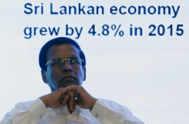Economists tell Sri Lanka president, finance minister