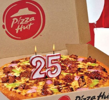 z_bus-pv-Pizza-Hut-c