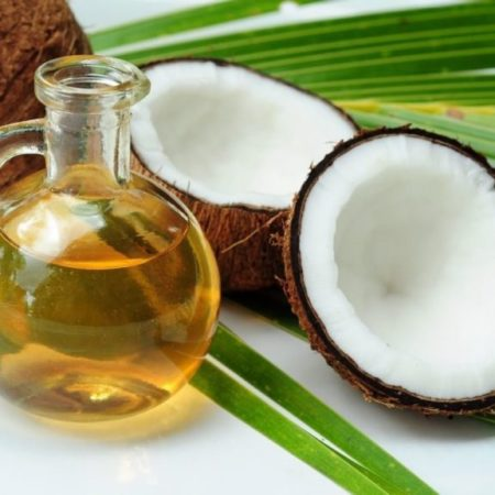 Coconut-and-Coconut-Oil-1020×765-768×576
